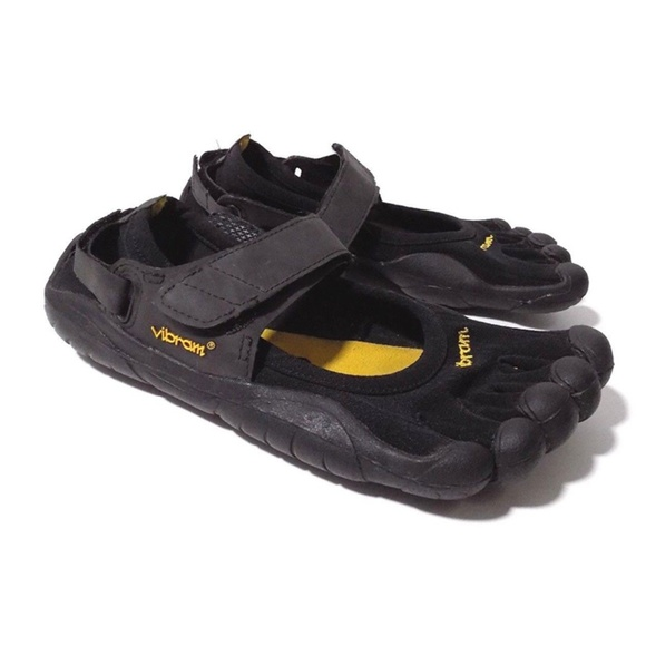 competitive price 8a6b0 38212 Vibram Women s 38 Fivefingers Sprint Shoes